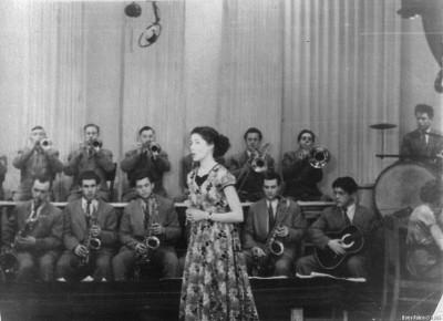 Выступление оркестра новосибирского мединститута на телестудии в Томске – 1958-й год