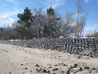 Стенка из мешков с песком
