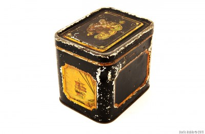 Коробка с джонкой