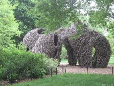 Мамонты в Бруклинском ботаническом саду