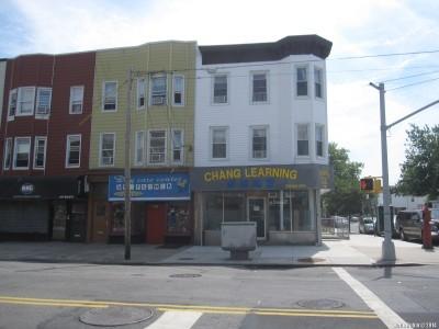То же самое здание в июле 2014 года