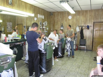 Современная парикмахерская в Бруклине