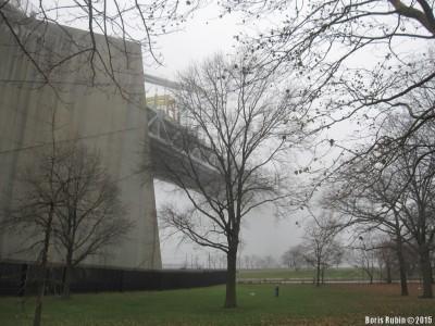 Мост Верразано, исчезающий в тумане