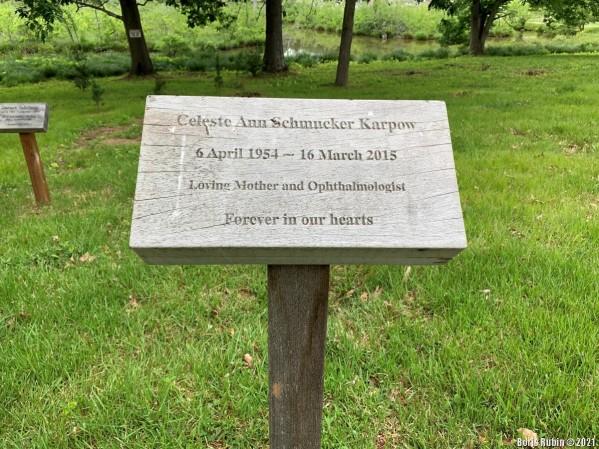 Табличка на могиле Селесты Анн Шмукер Карпов